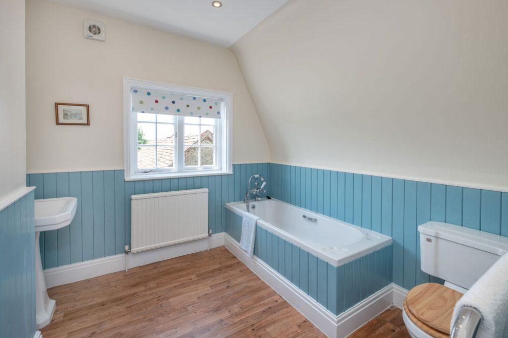 Shalfleet Farmhouse Bathroom 2